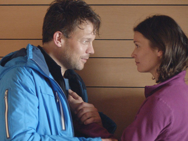 Johannes Kuhnke and Lisa Loven Kongsli in Force Majeure
