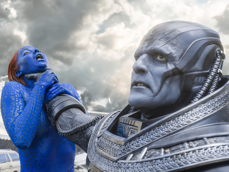 Jennifer Lawrence and Oscar Isaac in X-Men: Apocalypse