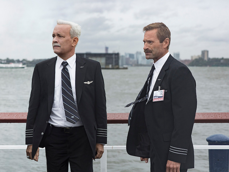 Tom Hanks and Aaron Eckhart in Sully